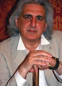 Daniel Salvatore Schiffer face